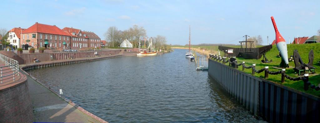 Der alte Hafen des Küstenbadeortes Hooksiel gehört zu den schönsten Plätzen des Ortes